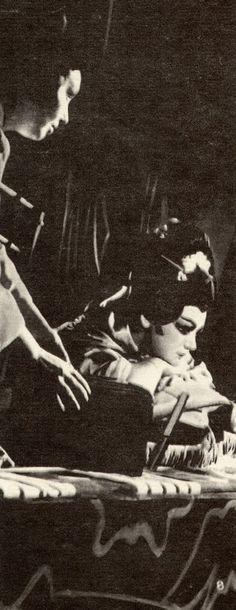 "Maria Bieşu in the party of  Cio-Cio-San (Butterfly) in the Opera ""Madama Butterfly"" by Giacomo Puccini. Мария Биешу в партии Чио-Чио-сан (Баттерфляй) в опере «Мадам Баттерфляй» Джакомо Пуччини."
