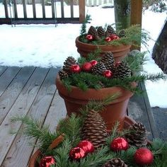 It's that time of the year and you must be looking for mesmerizing outdoor Christmas tree decorations for your home. Christmas trees and their decoration [. Christmas Porch, Rustic Christmas, Christmas Wreaths, Christmas Crafts, Christmas Ornaments, Red Ornaments, Natural Christmas, Christmas Note, Christmas Games