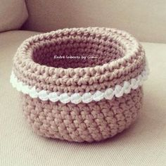 Among works by Gina: My mini baskets ! Diy Crochet Basket, Crochet Bowl, Knit Basket, Crochet Yarn, Crochet Stitches, Crochet Designs, Crochet Patterns, Cotton Cord, Crochet Storage