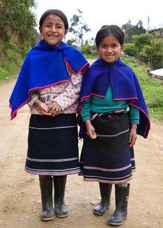 Cholitas - Ecuador