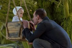 Hello everyone! I'm here to bless you all with these photos of Michael Fassbender with children ☺️ Movie Theater, I Movie, Movies Showing, Movies And Tv Shows, Ocean's Movies, The Light Between Oceans, Mr Perfect, Badass Aesthetic, Documentary Film
