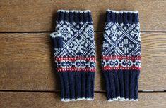 ほぼ日刊イトイ新聞 - 三國万里子さんの手袋キットができました。