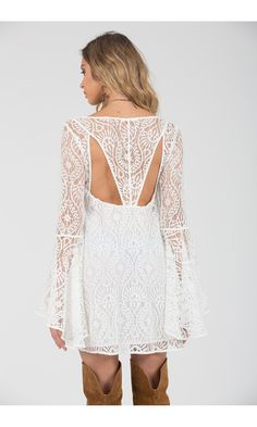 Vestido Renda Detalhe Decote Costas - Agatha e-Store