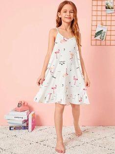 Girls Flamingo Print Ruffle Hem Cami Dress With Eye Mask – Kidenhouse Preteen Girls Fashion, Girls Fashion Clothes, Girl Fashion, Fashion Outfits, Pink Flower Girl Dresses, Dresses Kids Girl, Girls Night Dress, Cute Little Girls Outfits, Girls Sleepwear
