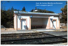 Gare de Sainte-Marthe-en-Provence , l'abri voyageur quai B - une photo…