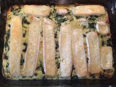 ⭐️⭐️⭐️⭐️ Spinach, brie and salmon! Healthy Meals For Kids, Easy Healthy Recipes, Veggie Recipes, Low Carb Recipes, Vegetarian Recipes, Dinner Recipes, Healthy Eating, Healthy Food, Brie