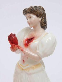 http://www.jessicaharrison.co.uk/ Эстетика такого рода меня обычно не трогает, но по-моему это прелестно - пусть будет исключением.