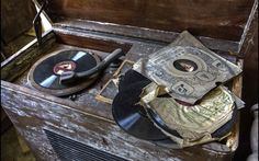 Something very mysterious and nostalgic about this old abandoned record player http://gramophonecity.com/category/gramophone-replica/ #gramophone