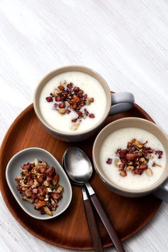 Cauliflower Soup with Crumbled Pancetta