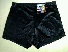 Vassarette Undershapers Boyshorts Panties Sz XXL/9 NWT Black
