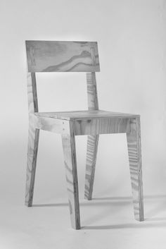 365 plywood chair by atelier365    www.atelier365.be  #atelier365 #lauragreindl #wood #plywood #plychair #pine