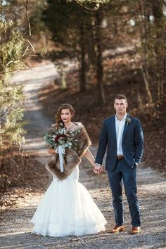 forest wedding Winter wedding inspiration // photo by Leah Bullard + florals by Samuel Franklin Forest Wedding, Fall Wedding, Dream Wedding, Winter Wedding Fur, Wedding Tips, Winter Weddings, Winter Wedding Attire, Bridal Tips, Wedding Planning