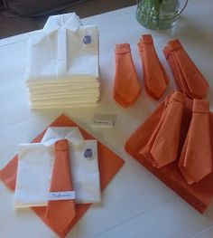 Connie`s lille verden: Bordkort / Invitasjoner / takkekort Cloth Napkin Folding, Deco Table Noel, Fathers Day Crafts, Paper Napkins, Diy Crafts To Sell, Event Decor, Party Planning, Napkin Rings, Paper Flowers