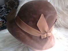 1920's vintage hat. I have one like this.