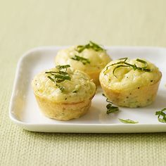 Enjoy a tasty and delicious meal with your loved ones. Learn how to make Mini zucchini quiche & see the Smartpoints value of this great recipe. Weight Watchers Zucchini, Weight Watchers Meals, Weight Watchers Mini Quiche Recipe, Zucchini Quiche Recipes, Mini Quiche Recipes, Mini Quiches, Ww Recipes, Great Recipes, Healthy Recipes