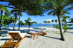 Barefoot Cay Resort in French Harbour - minutes from the airport and cruise ship terminals