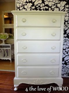 4 the love of wood: NO MORE PLAIN PINE CHEST - another applique