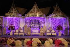 Pelaminan padang sumatera barat indonesia pinterest padang organized by elly kasim decoration by suryanto decor located in darmawangsa hotel lighting junglespirit Gallery