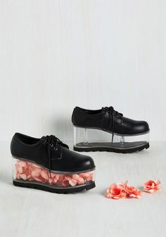 hollowed container platforms| up to size 10! nu goth pastel goth punk goth grunge fachin platforms flatforms plus shoes plus shoes modcloth i love these
