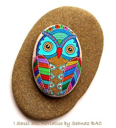 I finished to paint this lovely owl today :) #paintedstones