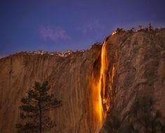 En Febrero, el ángulo del sol es tal, que ilumina la cascada Horsetail Falls (California) como si fuera fuego