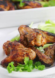 Przepis na skrzydełka z grilla | AniaGotuje.pl Coleslaw, Tandoori Chicken, Chicken Wings, Grilling, Cooking Recipes, Eat, Ethnic Recipes, Coron, Impreza