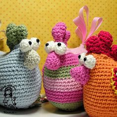 Crochet hen  pdf pattern DIY by VendulkaM on Etsy
