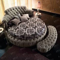 When it comes to bedroom design, a lot of people generally choose the rectangular and square beds. The truth is modern round beds can transform… Shabby Chic Furniture, Cool Furniture, Bedroom Furniture, Furniture Design, Bedroom Decor, Round Sofa, Round Beds, Light Wooden Floor, Wedding Bedroom