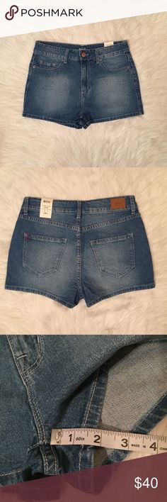 Urban outfitters BDG high waisted shorts Urban outfitters BDG high waisted shorts. Size 28, fit more like a 27 IN MY OPINION. See measurements to insure proper fit. Not too much stretch. ❌no trades, make me an offer :) Urban Outfitters Shorts Jean Shorts