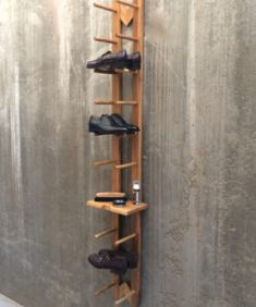 Grab Modern shoe rack (Schuhregal) to organize your pair of shoes, utilize it creatively for different things. Available in light and gold Oak on Tidyboy store. Wooden Shoe Racks, Shoes Stand, Shoe Display, Berlin, Wooden Plates, Light Oak, Cleaning Kit, Hallway Decorating, Shoe Storage