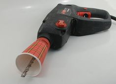 How to contain sawdust by drilling