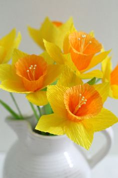 Daffodil-handmade paper flowers for table by adornflowers on Etsy