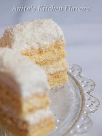 Kitchen Flavors: Prajitura Rafaello Romanian Food, Vanilla Cake, Deserts, Kitchen, Cooking, Kitchens, Postres, Dessert, Cuisine