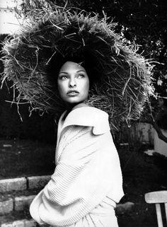 "Linda Evangelista in ""Blanc Riviera"" by Karl Lagerfeld for Vogue Paris November 1993"