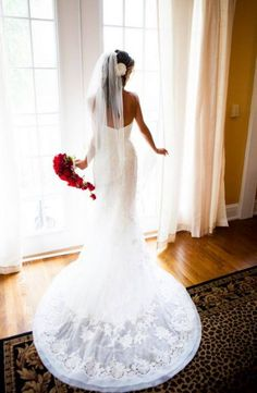 Gorgeous bridal gowns (20 photos) – theBERRY