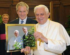 Pope Benedict XVIwithe President George W.Bush