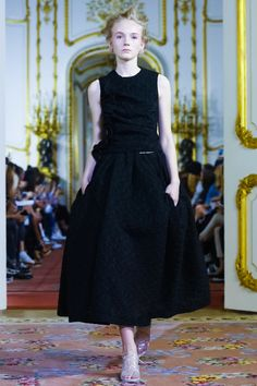 Simone Rocha Ready To Wear Spring Summer 2016 London - NOWFASHION