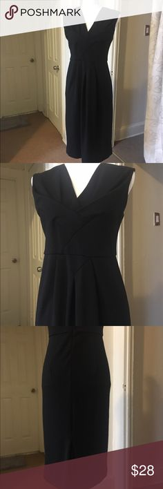 ✨Adrienne Vittandini Dress💕 Very good condition 🌟 Previously Loved and Gently worn ❤️ Classy style Flattering Fit 🙂 Great for day and night  Dress up everything 🎉 As-is #nofilter ✨Make an OFFER✨ Adrienne Vittadini Dresses