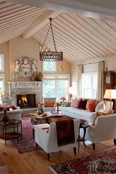 Sarah Richardson designs family room in farmhouse
