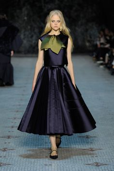 Dice Kayek Spring 2016 Couture Fashion Show  http://www.vogue.com/fashion-shows/spring-2016-couture/dice-kayek/slideshow/collection#20  Though the runway diversity for this show is terrible, I actually think this is one of the strongest Couture collections I've seen so far   http://www.theclosetfeminist.ca/