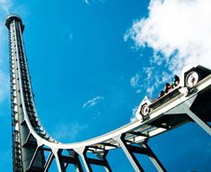 Tower of Terror (Dreamworld) Gold Coast, Australia..the fastest, tallest thrill ride in the Southern Hemisphere..climbs to height of 38 stories-has a 6.5 second, 100 mph zero gravity drop...wish I lived closer!