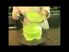 Mirror icing (glaze) (mirror glaze recipe how to make) Glaze For Cake, Mirror Glaze Cake, Mirror Cakes, Cake Decorating Techniques, Cake Decorating Tutorials, Cake Icing, Cupcake Cakes, Chocolate Mirror Glaze, Nougat Recipe