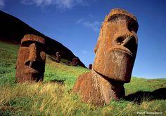 Annunaki - Easter Island