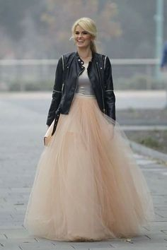 Fairy Women Long Elastic High Waist Tulle Party Skirt A-line 5 Layers TuTu Skirt Black Tulle Skirt Outfit, Diy Tulle Skirt, Girls Tulle Skirt, White Tulle Skirt, Tulle Tutu, Tulle Dress, Long Tutu, Boho Outfits, Skirt Outfits