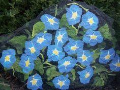nancy lewis Painted Garden Rocks, Painted Rocks Craft, Hand Painted Rocks, Painted Stones, Pebble Painting, Stone Painting, Rock Painting, Painting Flowers, Rock Plants