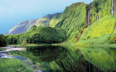 This Exotic Paradise Will Make You Want To Set Off Immediately | Via Bloglovin | 27/04/2016 Ready to have a take a closer look at the new exotic travel destination? The Azores, a remote group of islands located in the middle of the Atlantic Ocean, will make you pack your things immediately! #Portugal