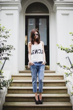 Skinny Boy boyfriend jean in Mississippi Destroy Current/Elliott, teamed with platforms and a tee. www.donnaida.com