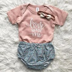 Love made me Newborn bodysuit Baby Girl coming home outfit baby girl baby girl Newborn baby girl hello world baby shower gift clothes Baby Tritte, Cute Newborn Baby Girl, Baby Love, Cute Babies, Newborn Girl Gifts, Baby Bodysuit, Baby Girl Onesie, Newborn Baby Clothes, Newborn Girl Outfits