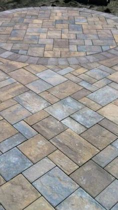 Jesco Brick & Concrete Masonry updated this walkway with a beautiful Cambridge Pavingstone Design Kit pattern. Paver Walkway, Stone Walkway, Paving Stones, Outdoor Pavers, Pavers Patio, Paver Patterns, Patio Pictures, Paver Designs, Paving Design