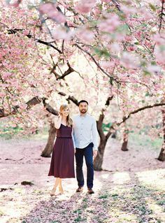 blooming NYC springtime engagement.